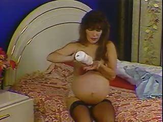 grávida de 9 meses (nrrbo)