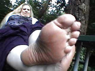 css bbw feet