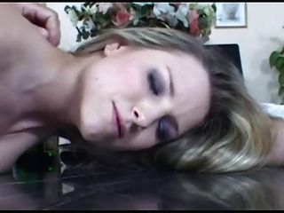 katy implora por um creampie