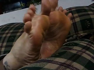 bbw feet cute stoned girl