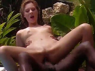 esposa branca foda com preto francês na Jamaica