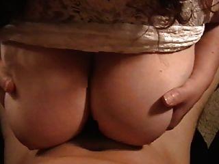 Amadores grandes melões recebem titfuck em casa