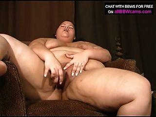 bbw gal quer bisbilhota em sua buceta gordinha