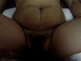 Chubby madura filipina senhora obtendo fodido anal