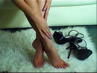 saltos altos e pernas lindas