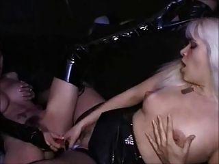 partouze amateur au sex shop