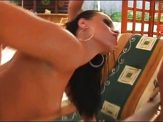 Horny Hottie cory babe recebe duas cargas agradáveis