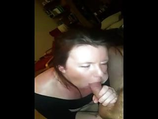 Mamãe da namorada e foda anal