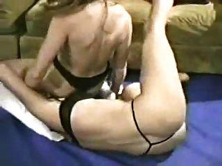lésbicas milfs wrestle