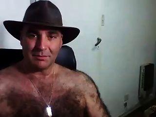 homens peludos na webcam