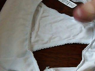 tiroteio por toda sua calcinha de algodão branco