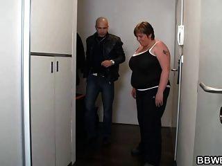 enorme gordura gordurada no banho