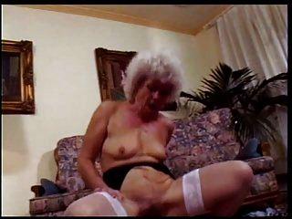 Granny the Whore # 1 cena 3