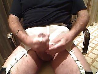 cinturão de liga e nylons cumshot