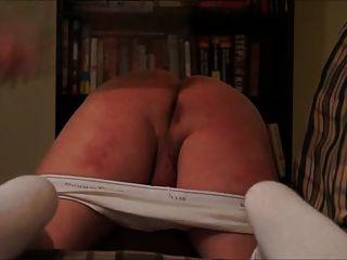 Fm hard spanking com uma grande paddle!
