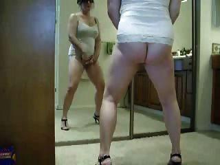 Bom vídeo roubado da minha mãe quente se masturbando