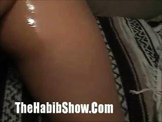 Ebony Redbone sendo fodido no capuz com manteiga
