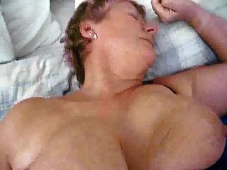 milf da avó madura holandesa com grandes mamas ficando fodidas