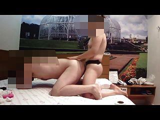 namorada pegando seu namorado 07