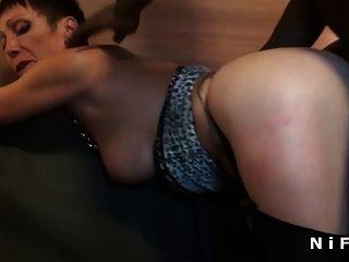 busty french maduro anal anal fodido por dois caras