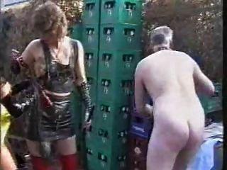 Vídeo fetish alemão clássico 15