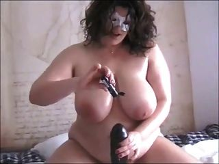 bbw amador com grande brinquedo preto