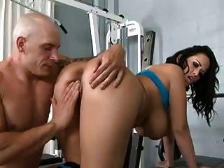 treinador pessoal fode milf quente com grandes seios