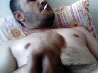 masturbando peru turco mehmet fuma e cai fora