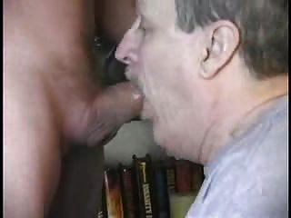 bigode papai soprando 2