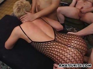 Amiga amadora, orgia anal com tratamentos faciais