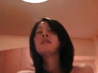 Mamada japonesa amadora e masturbação