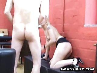 namorada adolescente amadora sugam e fodem com cum na boca