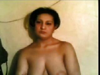 mulher árabe amada desnuda