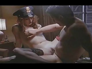 menina vintage monta um homem e tem orgasmo intenso