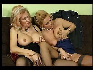 sexo com esposa alemã e seus amigos