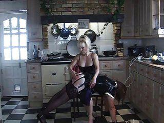 volta de angelica de borracha espancada na cozinha pela madame c