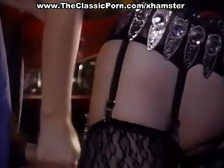 casal desagradável foda no bar