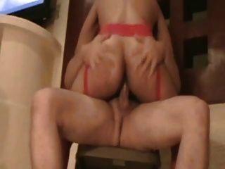 montada y oral na cadeira
