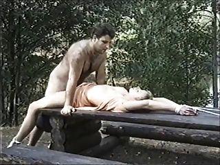 escravidão erótica sueca na floresta