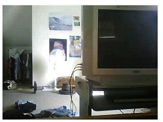 Guy empurra-se na webcam com calcinha