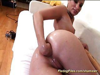 fisting anal extremo profundo