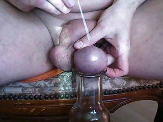 agulha nadel durch den hoden eier gestochen