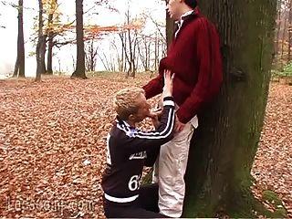 vizinhos homosexuais baixos e sujos na floresta