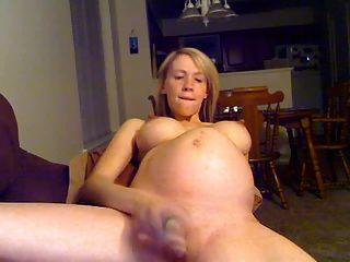 garota loira preggo em webcam com vibrador