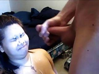 grande carga no rosto