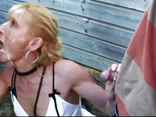 a prostituta francesa leva muita fetiche