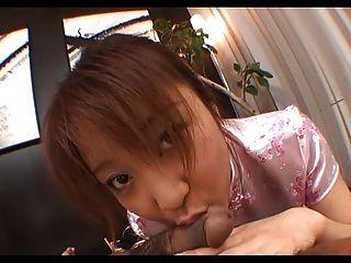 ayumi haruna em um vestido de seda é uma porcaria