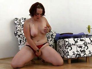 jovem gorda quer foda com brinquedo