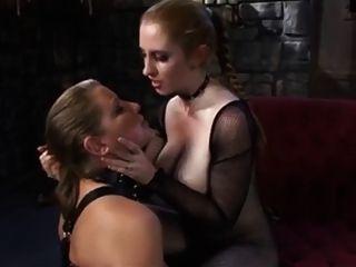 amante de corpo de adoração de escravos lésbicas