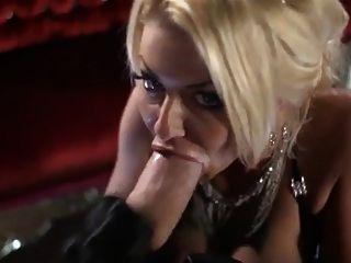 Britney glam whipping suga galo enorme na ópera